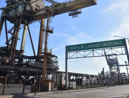Caen 13% en 2020 exportaciones de México