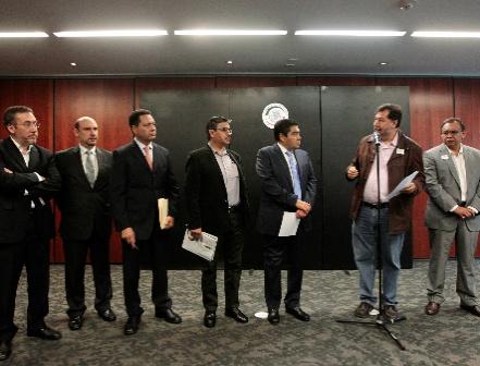 Buscan consulta popular para revocación de mandato de Peña