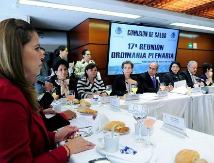 """Comisión de Salud revisará recursos """"insuficientes"""" previstos en el PEF 2015"""