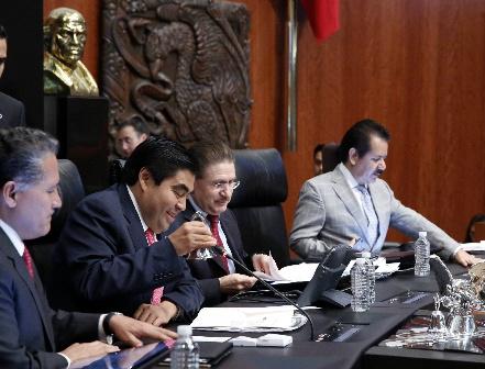 Antes de fin de año, senado elegirá fiscal anticorrupción y titular de Fepade
