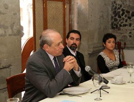Enrique Fernández Fassnacht, nuevo director del IPN