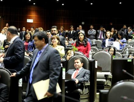 Dejan diputados sin dictaminar 474 iniciativas de apenas un periodo de esta legislatura