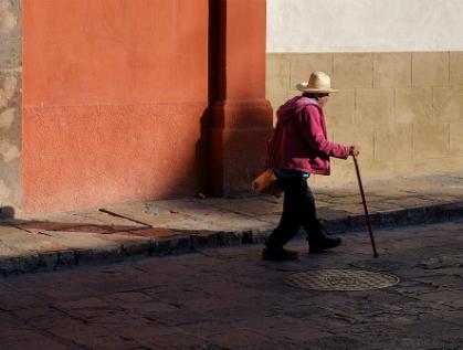 Piden revertir cambios en apoyos a adultos mayores