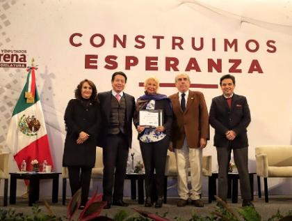 Consultas, revocación de mandato y prisión preventiva complican agenda de Morena