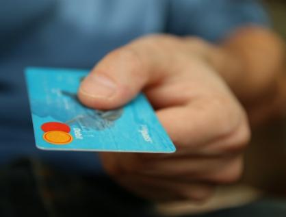 Buscan eliminar secreto bancario y fiscal