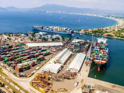 Analizan cómo trasladar funciones de la SCT a la Secretaría de Marina en puertos