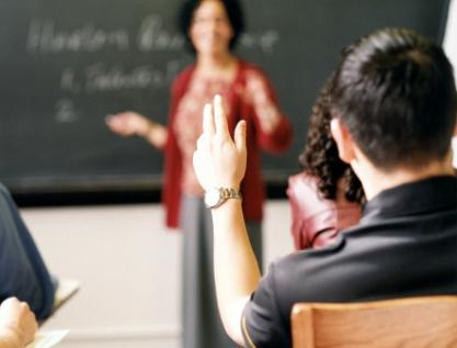 Privilegia México educación para el trabajo en detrimento de la universitaria