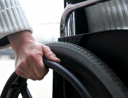 Mapean accesibilidad para discapacitados y adultos mayores