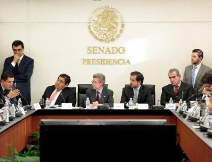 Aprueban comisiones iniciativa del Ejecutivo en materia de justicia laboral