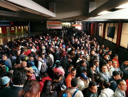 En México 80% de los traslados se hacen en transporte público