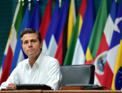 Rechaza Peña espionaje; admite rezagos de México