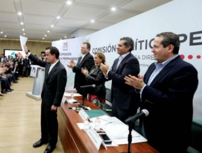Deja Mikel Arriola el IMSS, se registra como candidato priista a Jefe de Gobierno de la CDMX
