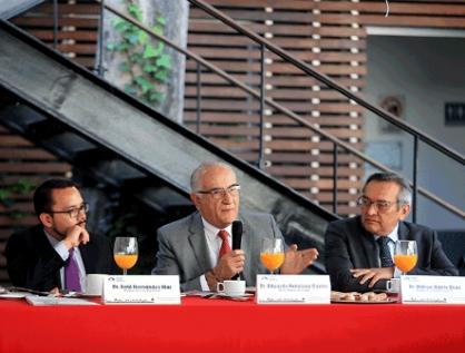 Analizarán especialistas nueva constitución de CDMX