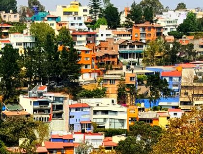 La ciudad trasnacional es sostén de la urbe global