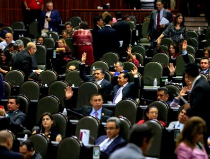Designan a Senadores y Diputados que integrarán comisión permanente