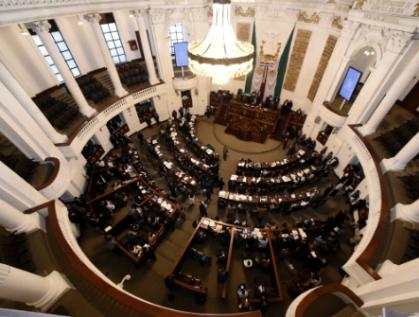 Permiten 17 entidades reelección de legisladores sin que necesiten licencia para campaña