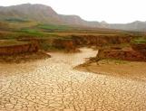 Crean Comisión contra sequías e inundaciones
