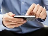 Mexicanos gastan más en celulares y tv que en luz y consultas
