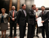 Solicita Morena al IFE constituirse como partido nacional