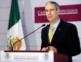 Procesarán diputados siete iniciativas de EPN antes de que termine Julio
