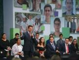 Entrega Peña el Premio Nacional de la Juventud 2016