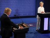 Con Trump, daño económico, crisis migratoria y conflictos sociales; con Hillary,  Presión política y retórica de amistad