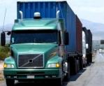 Prohibir circulación de camiones con doble remolque
