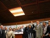Gobiernos de coalición y fiscalía autónoma, prioridades del Frente Ciudadano por México