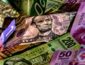 En 2015, el peso se ha devaluado 35 por ciento
